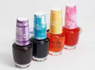 What is stained glass gel nail polish?