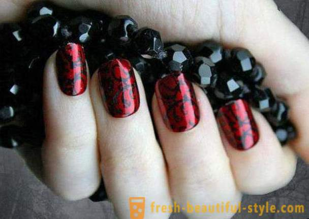 Manicure red and black: the manufacture and Photo Equipment