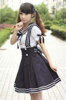 Japanese school uniform as a fashion trend